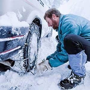 Lee más sobre el artículo ¿Cuáles Son las Cadenas de Nieve Más Fáciles de Poner?